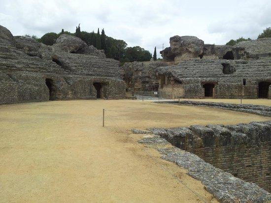 Conjunto Arqueológico Itálica: Forum