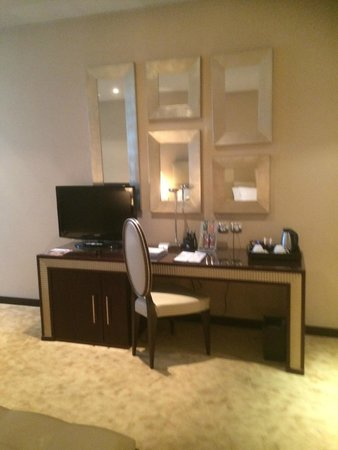 Boscolo Budapest, Autograph Collection: Dresser and second TV in room