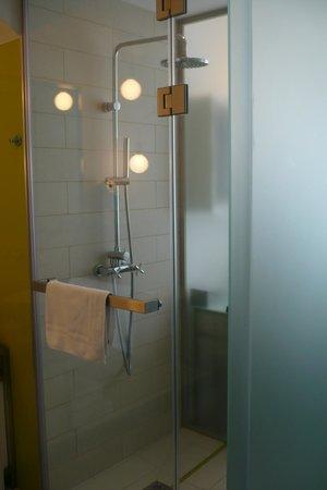 Pure White: fürdő