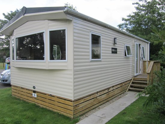 River Valley Country Park : Kingfisher Deluxe 2013 model