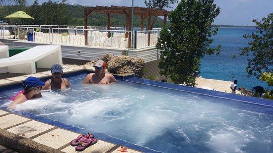 Hotel Blue Cove: Blue Cove-Jacuzzi