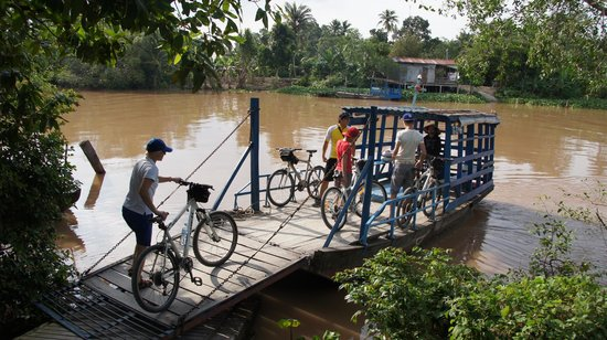 SinhBalo Adventure Travel : 4 day cycle trip in the Mekong Delta