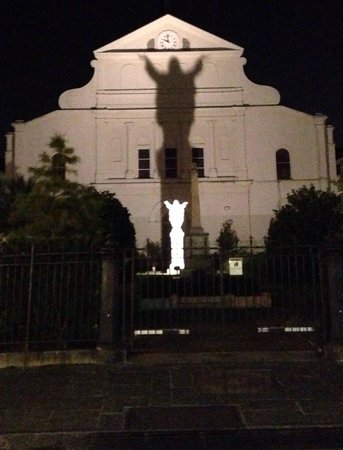 Haunted History Tours of New Orleans : Touchdown Jesus