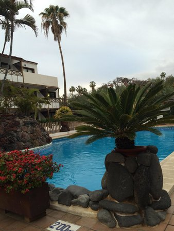 Hacienda Del Sol: Pool view