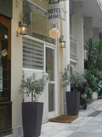 Adonis Hotel: The facade