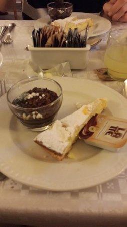 Gambrinus Hotel: Some breakfast items
