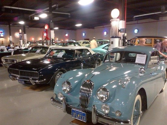 Cerritos, Kaliforniya: Just a glimpse of the incredible cars on display