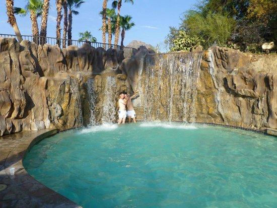 Pointe Hilton Squaw Peak Resort: Espace piscine