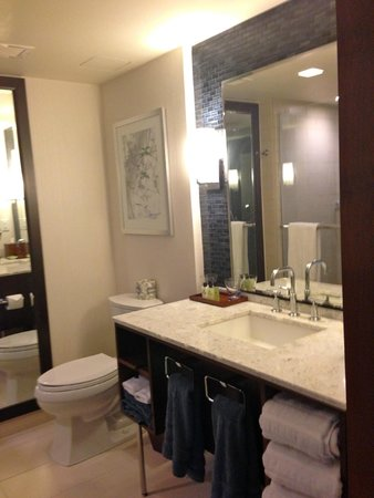 InterContinental New York Times Square: Bathroom.  Shower was great too.