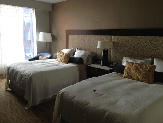 InterContinental New York Times Square: Spacious and comfortable room