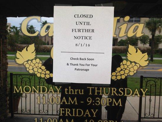 """Casa Mia Cafe: Wow! No Way but, it's True...Casa Mia """"Closed"""" Tavares' Very Best Restaurant ~empty~"""