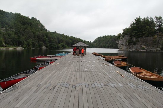Mohonk Mountain House: Rent a canoe or a rowboat!