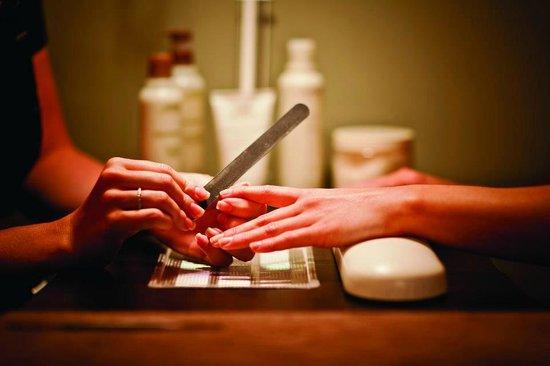 Aveda Joshua Tree Salon and Spa : Aveda Spa Manicure