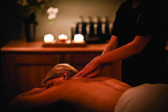 Aveda Joshua Tree Salon and Spa : Chakra massage