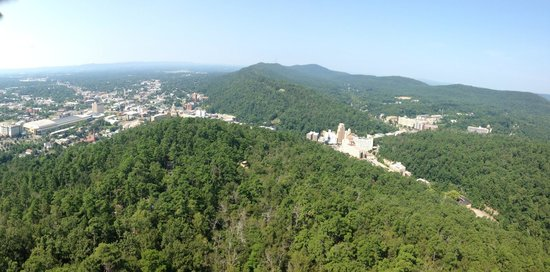 Hot Springs Mountain: Beautiful town of Hot Springs