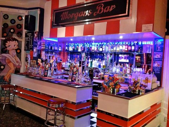 Morgans on the Prom: Bar