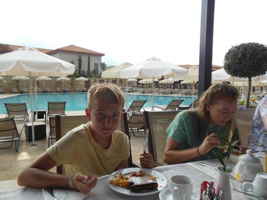 Apollonion Resort & Spa: dining room
