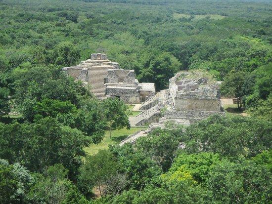 Ek Balam Cenote: ek balam