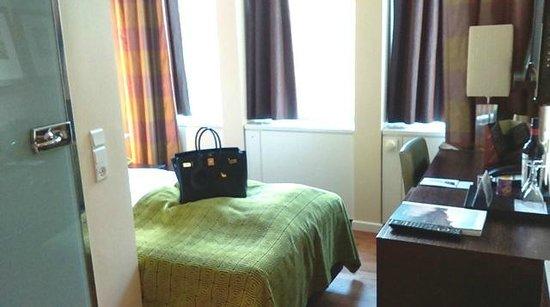 The Square Copenhagen: Room 354