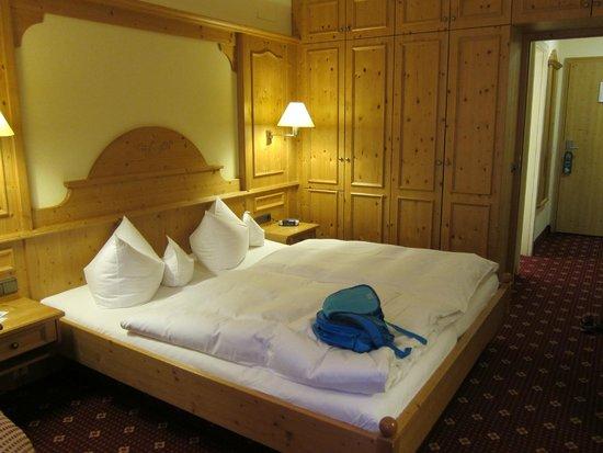 Alm- & Wellnesshotel Alpenhof: Room