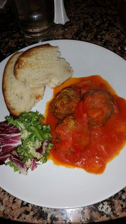 Paparazzi Pizzeria: Spicy Meatballs - delicious