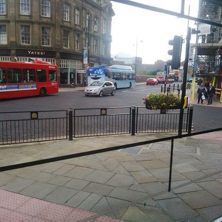 Yates Sunderland: Top of town