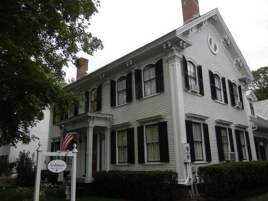 Ardmore Inn