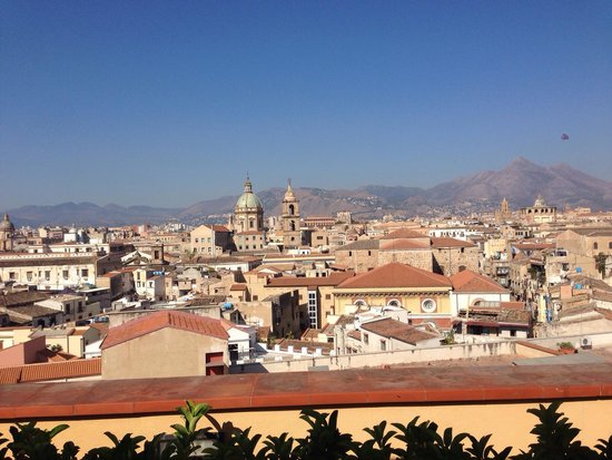 Ambasciatori Hotel: Vista dalla terrazza!