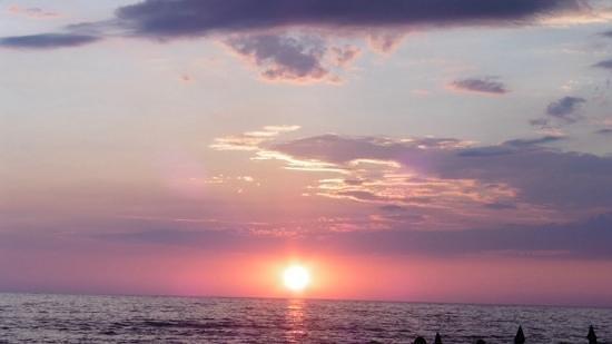 Sea Breeze Family Beach Hotel: sunset