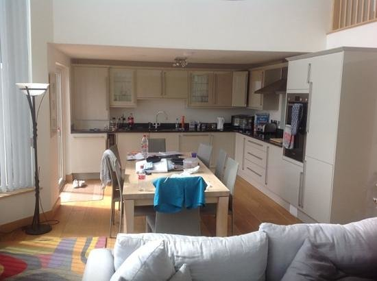 Swandown Lodges: kitchen