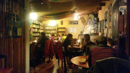 Casa Hood: voorste gedeelte restaurant