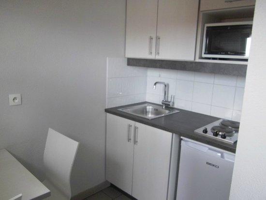 Residence Hoteliere Temporim Part Dieu: espace cuisine