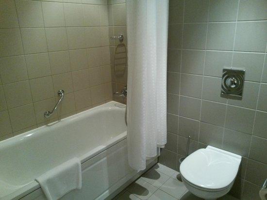 Holiday Inn Moscow Suschevsky: ванна