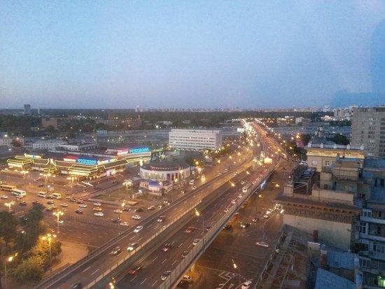 Holiday Inn Moscow Suschevsky: вид из номера