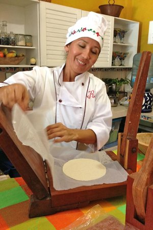 Cookin' Vallarta: Chef Rosie is always smiling. It is obvious that she loves what she does!