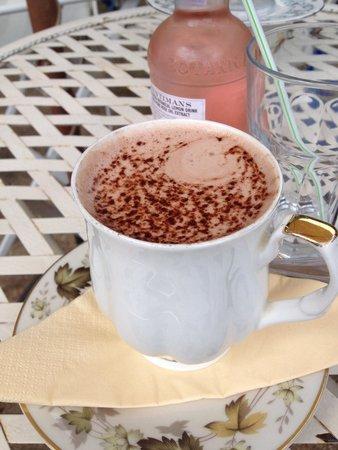 Pettigrew Tea Rooms: My hot chocolate