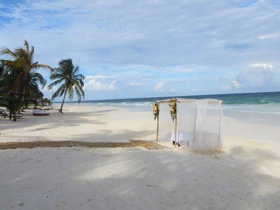 Las Ranitas Eco-boutique Hotel : Beach where we got married at Las Ranitas, Tulum