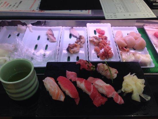 Sushizanmai Ueno : Amazing Tuna sushi