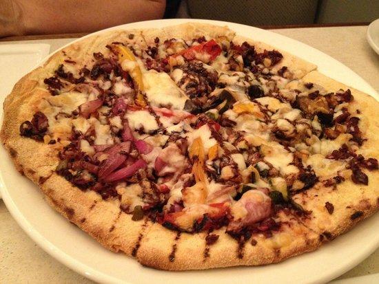 The Argyle St. Grill: farmer's flatbread pizza
