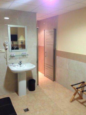Hotel Isabel: Courtesy room