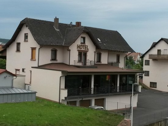 Straubs Schöne Aussicht: отель