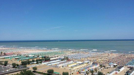 Hotel Sporting Rimini : Vista desde la habitación - View from the room
