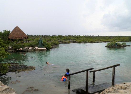 Yal-ku Lagoon: The lagoon