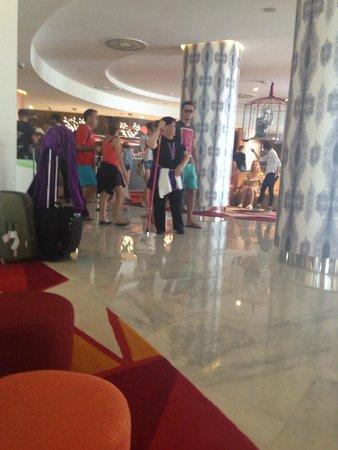 Hard Rock Hotel Ibiza: Lobby