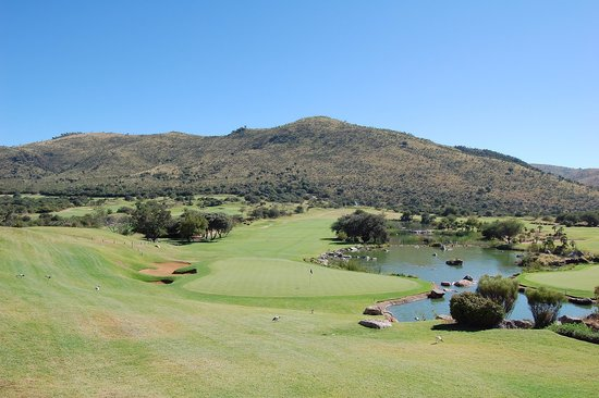 The Palace of the Lost City: golf