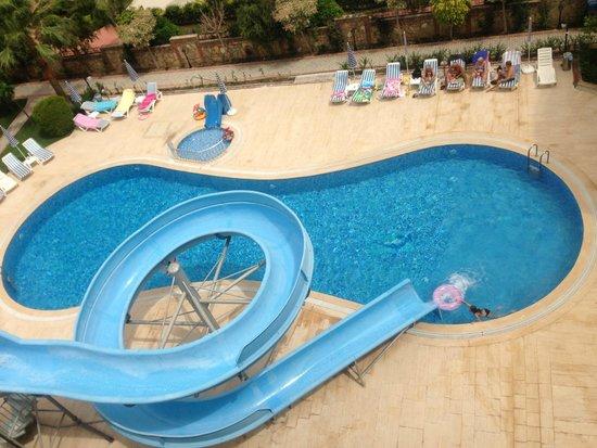 Sun Star Beach Hotel: Бассейн