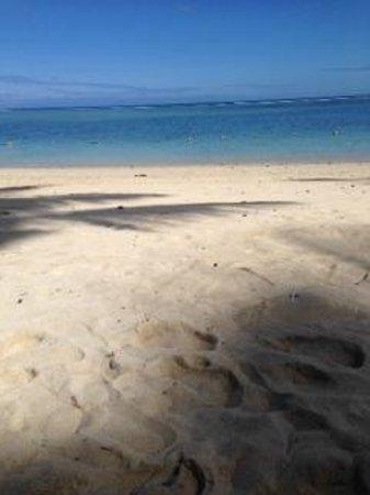La Pirogue Mauritius: Beautiful Beach