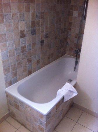 Domaine du Calidianus : Salle de bain chambre 30