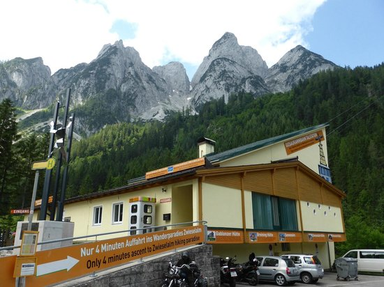 Dachstein West: Cable Car Station