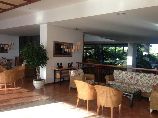 Hotel Costa Calero: Reception Area